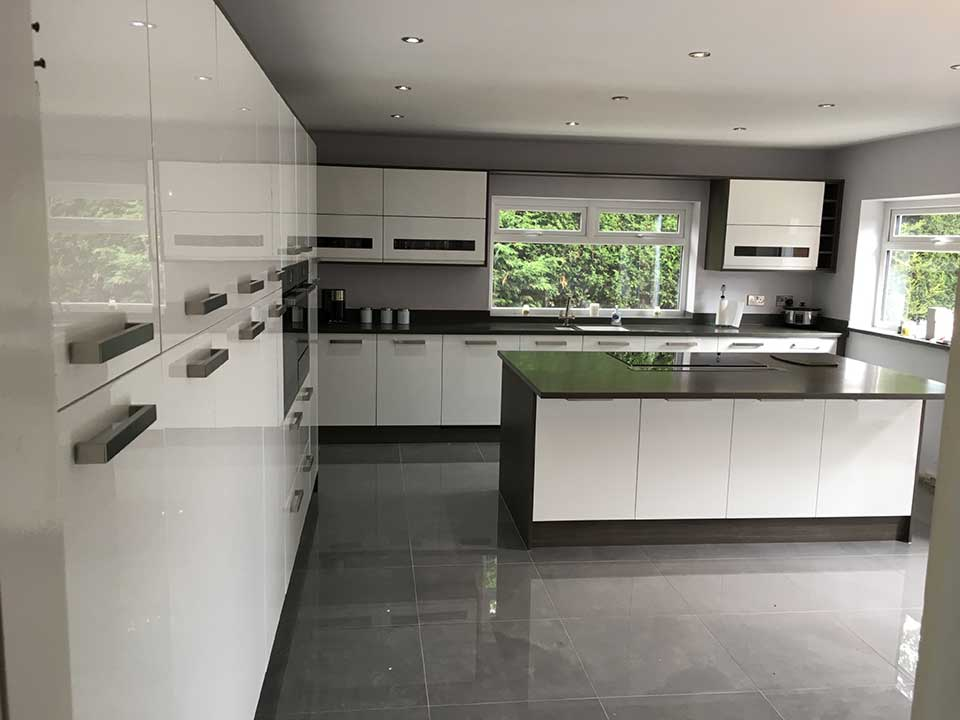 Modern Kitchen including Bosch Appliances